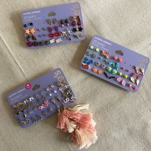 NWT Over 50 Pairs of Assorted Earrings!!